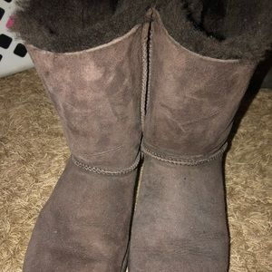 UGG Shoes - Don't wear them anymore